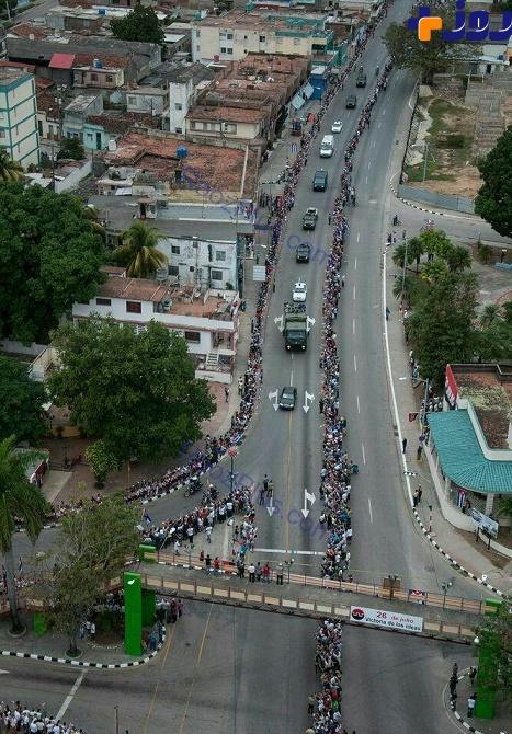 مراسم انتقال خاکستر فیدل کاسترو بین شهرهای کوبا+ عکس