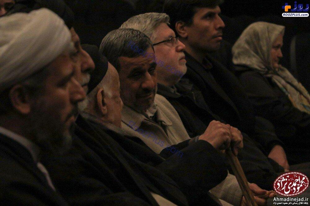 محمود احمدینژاد در سینما+عکس