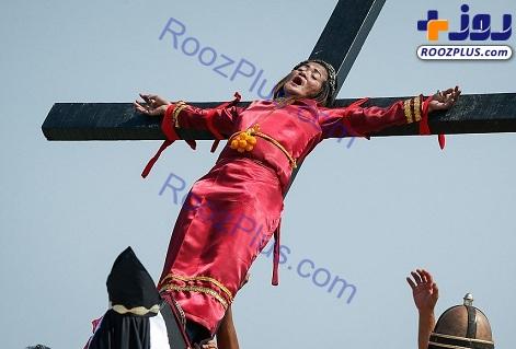 مراسم زنجیرزنی خونین مسیحیان(+16) + تصاویر