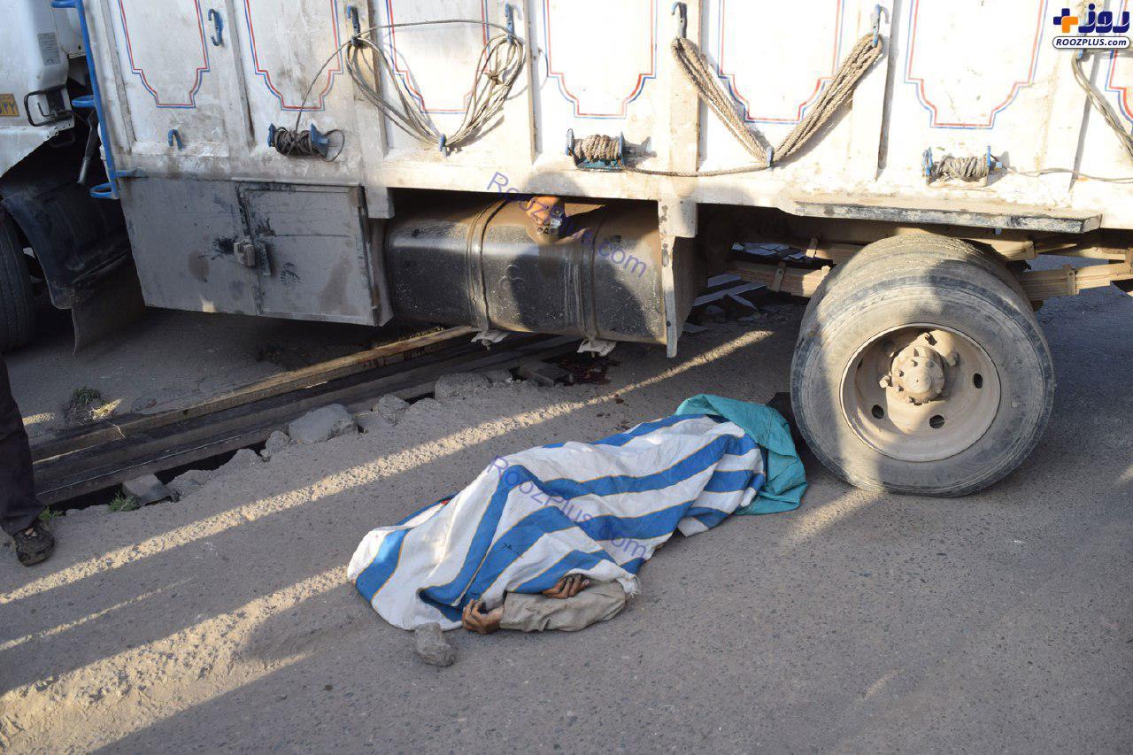 تصویری دردناک از جسد یک مرد در بازار آهن تهران