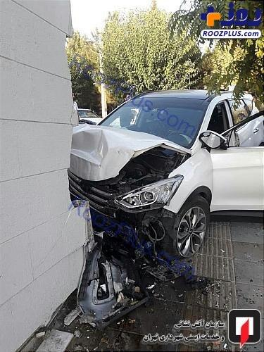 تصادف شدید سانتافه با دیوار +عکس