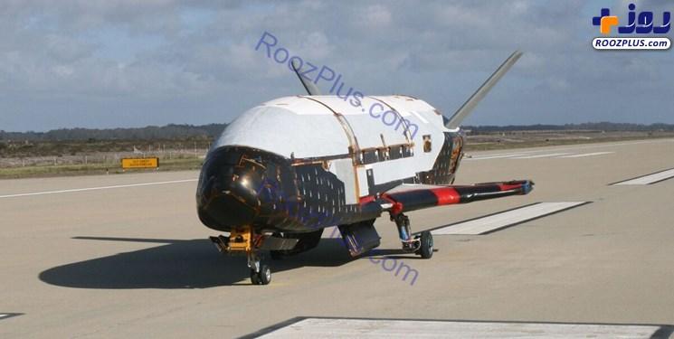 فرود هواپیمای محرمانه آمریکا پس از ۲ سال بر روی زمین ! +عکس