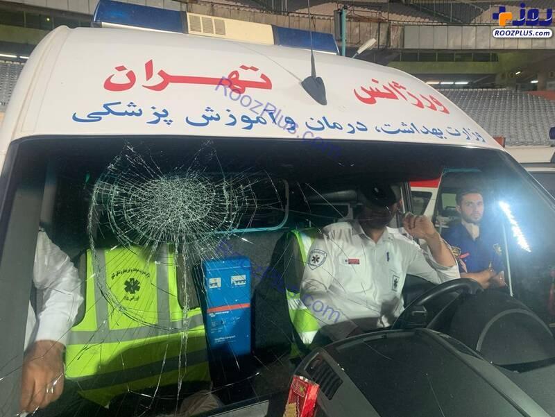 مسعود شجاعی شیشه آمبولانس را شکست +عکس